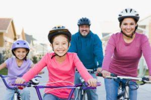 Как выбрать велошлем