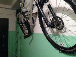 Где хранить велосипед в подъезде