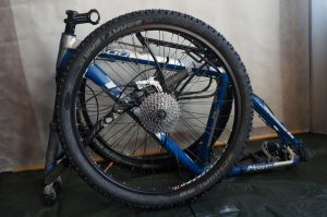 компактное хранение велосипеда