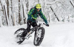 езда на велосипеде в зиму