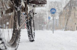 езда по снегу и льду