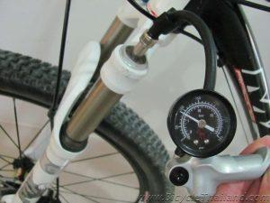 Велосипед с амортизационной вилкой
