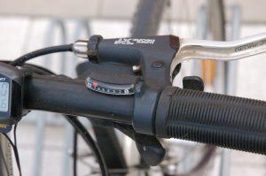 Манетки переключения передач велосипеда