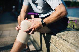 Борьба с болями в коленях