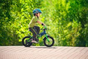 Детский велобайк с роликами