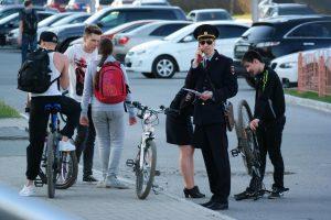 ДПС остановила велорайдеров