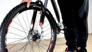 Переднее велоколесо